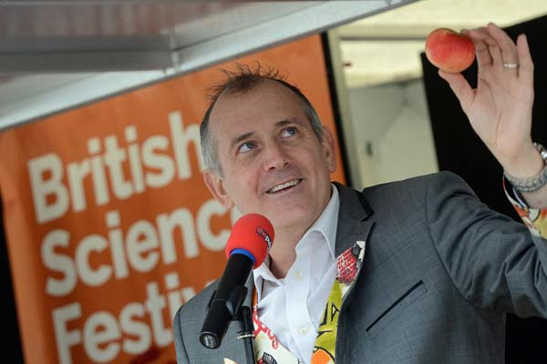 Dr Ken talks about Newton's Apple during British Science festival and science week